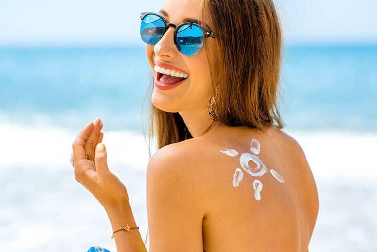 get a dark tan in the sun